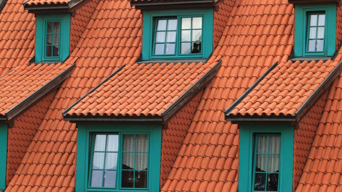 Se mere af det store udvalg af facadeinddækninger og trapezplader i stål