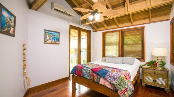 Find gode senge tilbud og boxmadrasser i tårnhøj kvalitet hos Schwarz Senge
