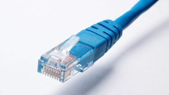 Bestil HDMI kabel og netværkskabel online på www.av-cables.dk