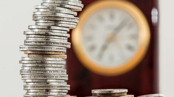 Økonomisk rådgivning hos PrivatRevision heriblandt eksempler på regnskab til forældrekøb