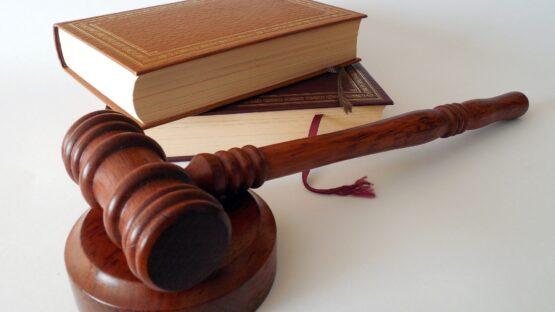 Find landets bedste advokater med speciale i samværssager hos ADVOKATFIRMAET STRAUSS & GARLIK