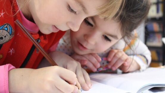 Mini-Skolen.dk tilbyder læsekursus og læseundervisning i påskeferien