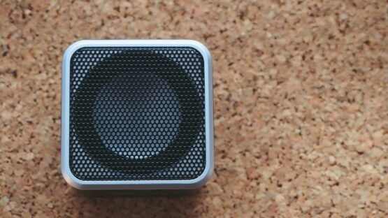 Find en 360 graders bluetooth højtaler og andre trådløse højtalere i topkvalitet hos KREAFUNK