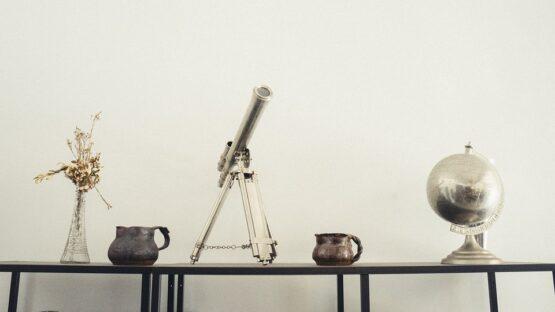 Skab en hyggelig stemning i hjemmet med Broste gulvtæpper og Lene Bjerre brugskunst